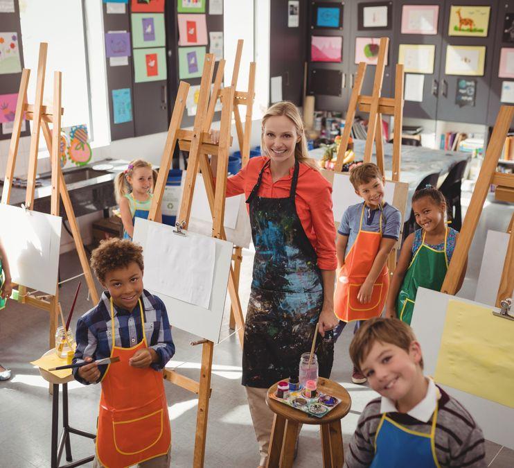 Kids' Art Club